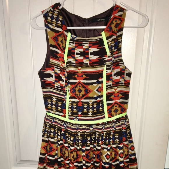 Ark & Co Dresses & Skirts - Bright and fun Aztec print dress with neon accents